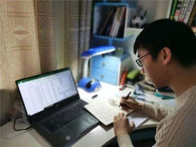 适合学生党的网上兼职:正规手机兼职一天赚50-第1张图片